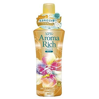 Lion Aroma Rich Maria Fabric Softener : Концентрированный Ароматизированный кондиционер для белья. С ароматом лилии. 600 мл.