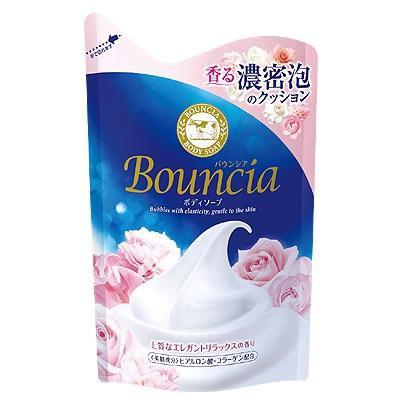 """Cow Brand """"Bouncia"""" : Жидкое увлажняющее мыло для тела """"Взбитые сливки"""", с гиалуроновой кислотой и коллагеном, с элегантным ароматом роскошного белого цветочного мыла, 400 мл, сменная упаковка."""