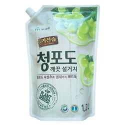"""Mukunghwa Премиальное дезодорирующее средство для мытья посуды, овощей и фруктов в холодной воде """"Зеленый виноград"""". 1,2 л."""