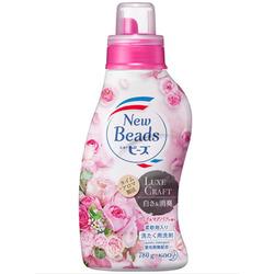 """Kao New Beads Luxe Craft : Мягкий гель для стирки белья """"Цветочный люкс"""", с ароматом розы и магнолии, бутылка с колпачком-дозатором, 780 г."""