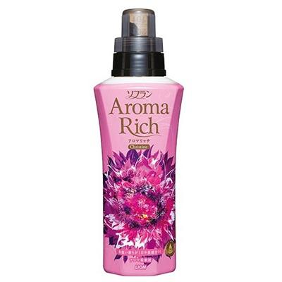 Lion Aroma Rich Christine : Кондиционер для белья с пряным фруктовым ароматом, 600 мл.