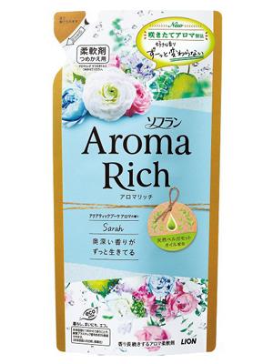 Lion Aroma Rich Sophia : Кондиционер для белья с женственным цветочным ароматом, сменная упаковка, 450 мл.